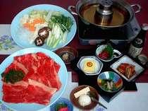 ウィンターシーズン(^o^)1泊2食付きの宿泊プラン♪すきやき、豚辛みそ鍋、鶏白湯鍋