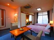 ■安らぎの和洋室 日々の疲れをお癒しいただける当館の和洋室です。