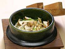 ■夕食:松茸釜めし(一例)