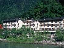 上高地グルメと温泉を楽しめる 上高地清水屋ホテル