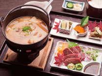 【いのしし鍋】冬季限定☆馬路の山をはいずり回って脂がのった猪鍋をどうぞ!