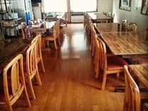 <お食事処>アットホームな雰囲気で心をこめたお料理をお召し上がりください♪全館Wifi完備◎