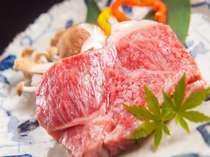 【豊後牛ステーキ】上質なA4ランク豊後牛のみ使用。オーナーが一枚づつ丁寧に焼き上げます。