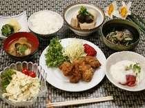 夕食イメージ(料理は日替わりです)