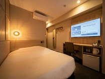 スタンダードシングルのお部屋です。140cmの広々ベッドでぐっすり☆
