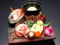 『三河秀麗豚』と『コラーゲンスープ鍋』がコラボ。さっぱりとした仕上がりで、女性に嬉しい一品です。
