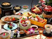 『夕波』八丁味噌仕立ての海鮮鍋他充実の全13品