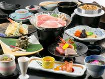 『夕波の膳』(コラーゲン鍋付) 「三河秀麗豚コラーゲンスープ鍋」が絶品!新鮮な海の幸も満載です。