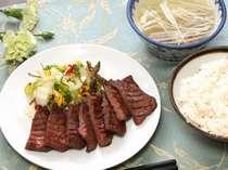 仙台グルメ通も唸る、利久の牛たん定食。●利久の牛たん定食。当ホテルすぐ脇に利久本町店がございます。