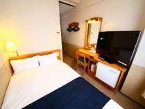 セミダブルルーム 広さ:9平米 ベッド幅:120cm