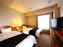 ツインルーム 広さ:14平米 ベッド幅:110cm