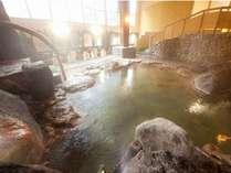 男性大浴場内湯 100%源泉掛け流し ナトリウム塩化物泉
