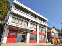 *厨(くりや)温泉の中心地にあり。敦賀からは越前バイパスを使わず、R305でいらしてください。
