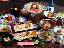 ◇料理◇彩り豊かな会席料理は陶板ステーキをメインに10品ほど※写真は一例です。