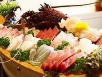 ◆【伊勢海老お造りと舟盛】伊豆の旬魚の集大成♪ぷりぷり、脂ののった鮮魚をお召し上がりください