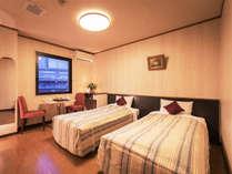 【ツインルーム】カップルやファミリー、女性同士のご宿泊に人気のお部屋です♪