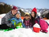 【ゆきゆきランド】雪遊びグッズの貸出もあるので、いっぱい遊んじゃおう♪