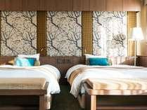 【灯スイートルーム】枕元に優しく朝日が差し込んで、自然と目が覚める朝。和歌山で素敵な夢を。