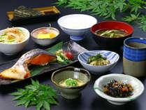 手づくり和朝食×かけ流し温泉。おいしいお米と地元の山幸朝ごはん。【一泊朝食付】