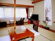 10畳の部屋です。入口からの写真です