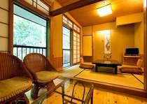 【山側和室6畳】浴場に一番近いお部屋で、お風呂への行き来にも便利☆