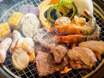 【タイガービーチカフェ】沖縄ならではの食材を屋外BBQで豪快に楽しんで!(4-10月営業)