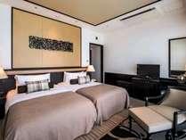 【プレミアムクラブフロアスーペリア】沖縄の空と海をテーマにした鮮やかな客室をご用意