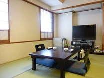 本格的な和室でゆったりお寛ぎ空間を満喫してください。