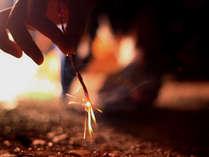 【特典付】まだまだ夏気分♪仲良く手持ち花火セットを1人様に1ずつプレゼント★
