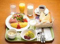 ご朝食例(洋食)/モーニングサービスよりも品数多めです。