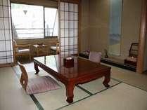 落ち着いた雰囲気の和室(通常部屋)