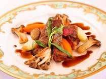 こだわりの焼き方とこだわりのソースで楽しむ厳選豊後牛ステーキ例