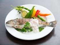 清流豊かな久住の「山女魚」を使用したランチコース
