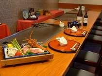 鉄板焼きレストラン『落葉松』(イメージ)目の前でダイナミックに焼き上げます