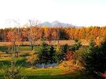 お部屋から見える秋の風景【磐梯山側】