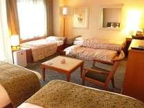 【訳あり】38.12平米のデラックスツイン(正規ベッド2台+エキストラベッド最大3台)