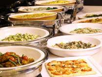 大人気和洋バイキング70品目以上のお料理に大満足。