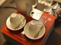 【最上階】ラグジュアリーツインルーム(磐梯山ビュー)お部屋備え付けのコーヒーマシーン