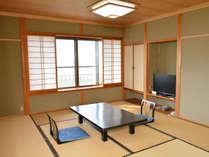 【和室一例】日本海が眺められる和室客室をご予約人数に合わせてご用意いたします