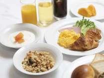 朝食バイキング 7:00~10:00(最終入店9:30)