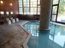 白濁した源泉掛け流しの温泉