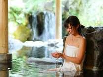 【露天風呂】無色透明の玉名温泉は湯触りなめらか∬