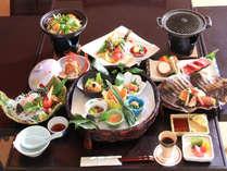 *【夕食一例】心和む味わいを大切に…1つ1つ丁寧に仕上げています。
