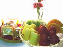 母の日プランでフルーツとお菓子をどうぞ