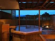 【貸切露天風呂】蔵王を望む坪庭と樽風呂をゆったり配した空間(当日予約/有料/45分間/15:00~23:30)