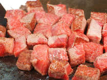 【とりわけ膳】山形牛鉄板焼き&中トロ牡丹海老の氷盛りメインの大皿料理