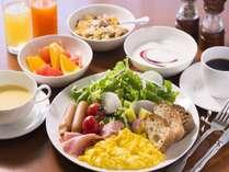 【夏限定】2名様以上(ファミリー・カップル・グループ等)でのご宿泊がお得 1名様分の朝食無料プラン