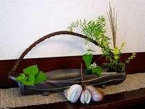 あけびと蕎麦の花