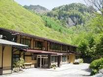 奥飛騨の格安ホテル あんきな宿 宝山荘別館