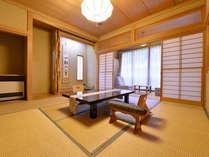 *椿の荘/満開の桜が一望できるお部屋。